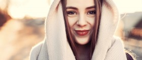 Ways to Keep Your Skin Soft and Glowing During the Cold Weather