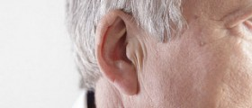 Digital and analog hearing aid technology