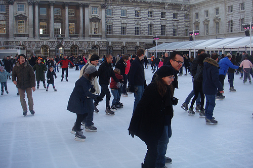 10 Great Winter Activities To Spend Quality Time With Your ...
