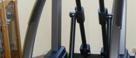 Commercial elliptical machines