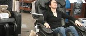 Get the health benefits of massage chair therapy