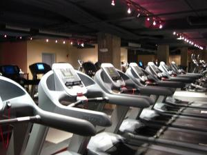 How to buy commercial fitness equipments