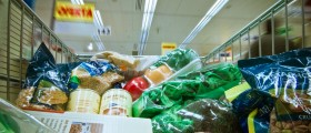 Which Is Cheaper, Junk Food or Healthy Food?